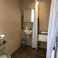 10_Chancre_Bathroom