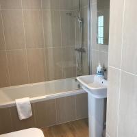 9_Mackerel_Bathroom